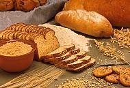 Phong tục Bánh mỳ - muối