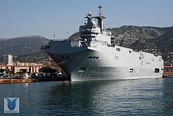 Pháp hoàn tiền cho Nga : chấm dứt thương vụ tàu Mistral