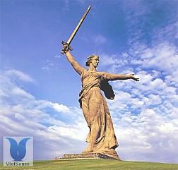 Tượng đài Mẹ Tổ quốc kêu gọi