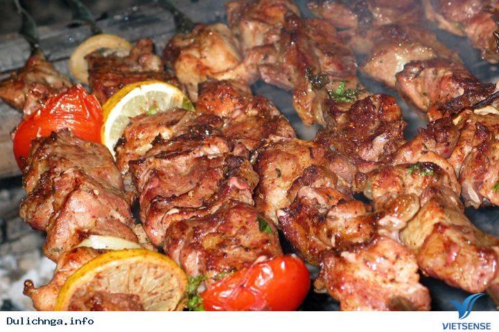 Chi tiết từng bước làm món thịt nướng đặc trưng nước Nga,chi tiet tung buoc lam mon thit nuong dac trung nuoc nga