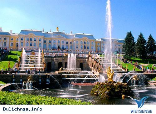 Du Lịch Nga: Tận Hưởng Những Ngày Cuối Hè Trên Dòng Sông Volga