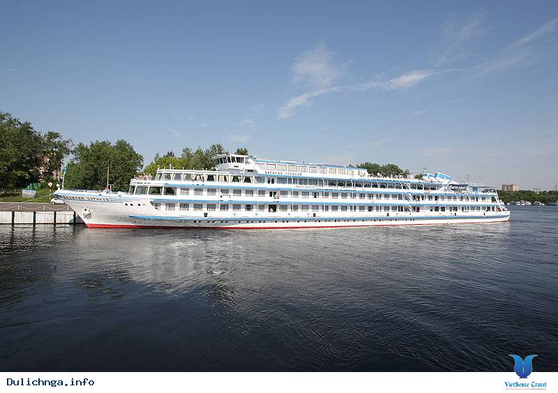 Giới thiệu về tàu Surikov - Du lịch Nga cùng Vietsense Travel