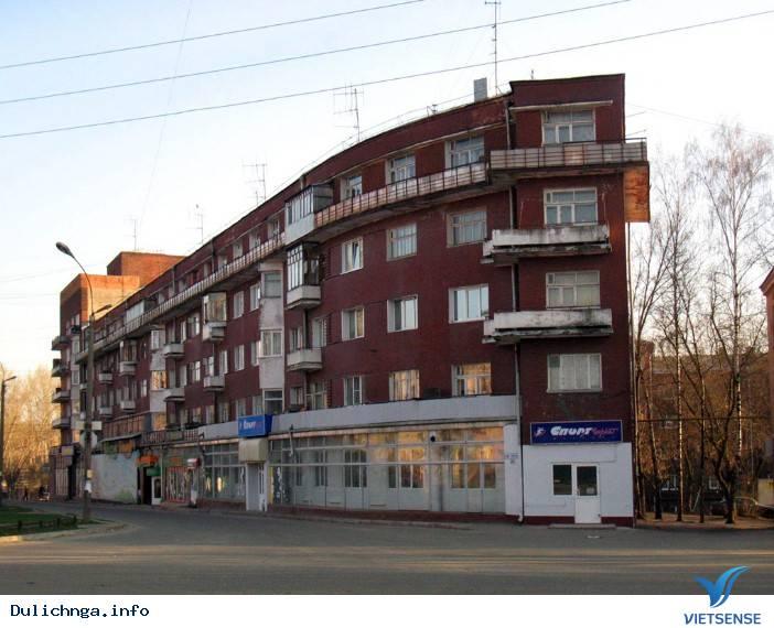 Ivanovo - Cô Gái Trẻ Ngồi Bên Cạnh Khung Cửi - Ảnh 3