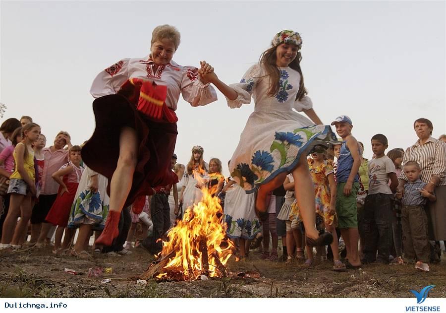 Lễ Hội Ivan Kupala Mùa Hạ,Le Hoi Ivan Kupala Mua Ha