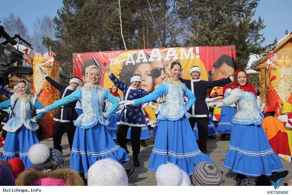 Lễ Hội Tiễn Mùa Đông Maslenitsa,Le Hoi Tien Mua Dong Maslenitsa