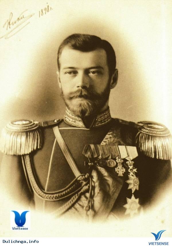 Sa Hoàng, Nga Hoàng